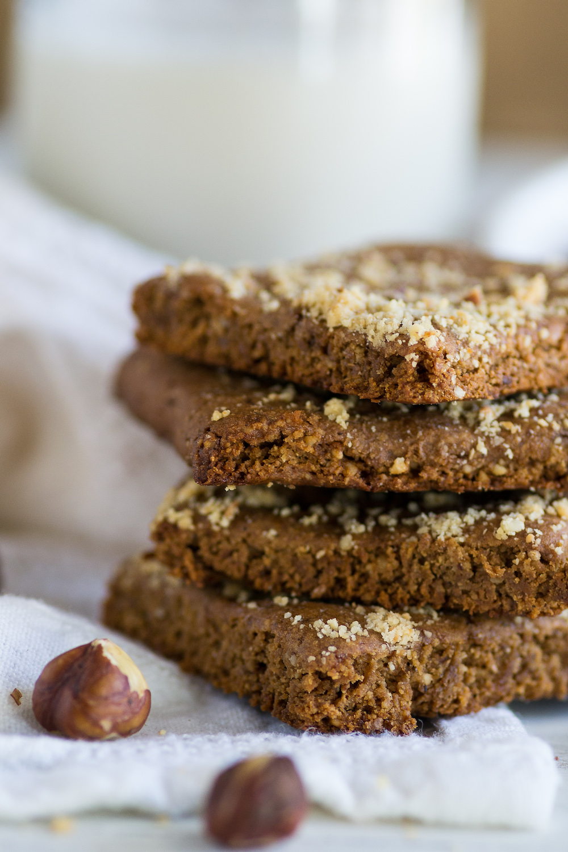 Oil-free Hazelnut Shortbread by An Unrefined Vegan